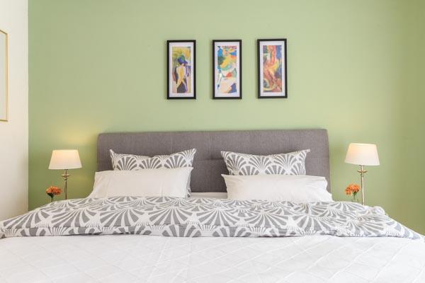 Sonnenschein Schlafzimmer Doppelbett V