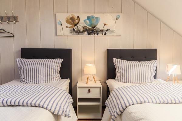 Sonnenschein Schlafzimmer II